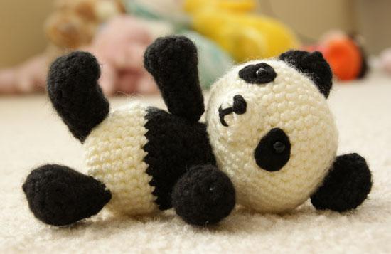 Amigurumi Patterns Panda Bear : Patron Amigurumi : Panda Made by Amy