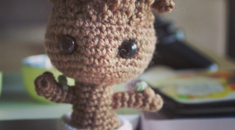 Amigurumi Groot Patron : Patron Amigurumi Crochet : bebe Groot (baby groot) Made ...