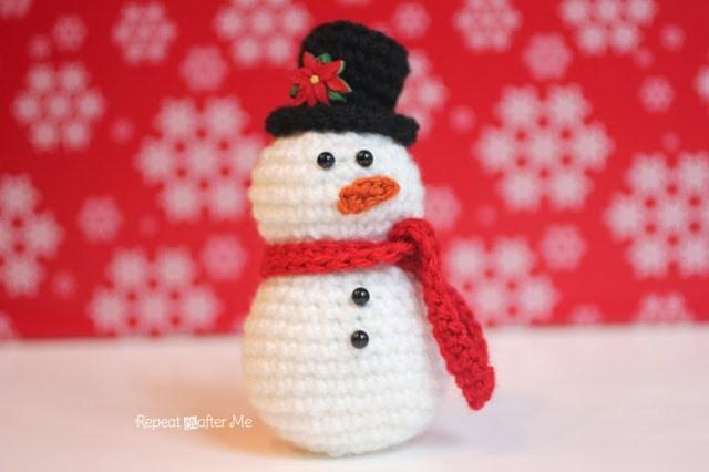 Ours de Noël au crochet DIY modèle tuto gratuit | Crochet ... | 426x640